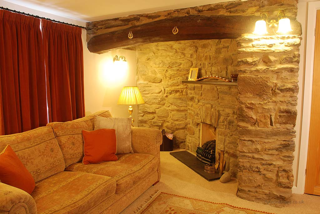 Dyfed Cottage_141819