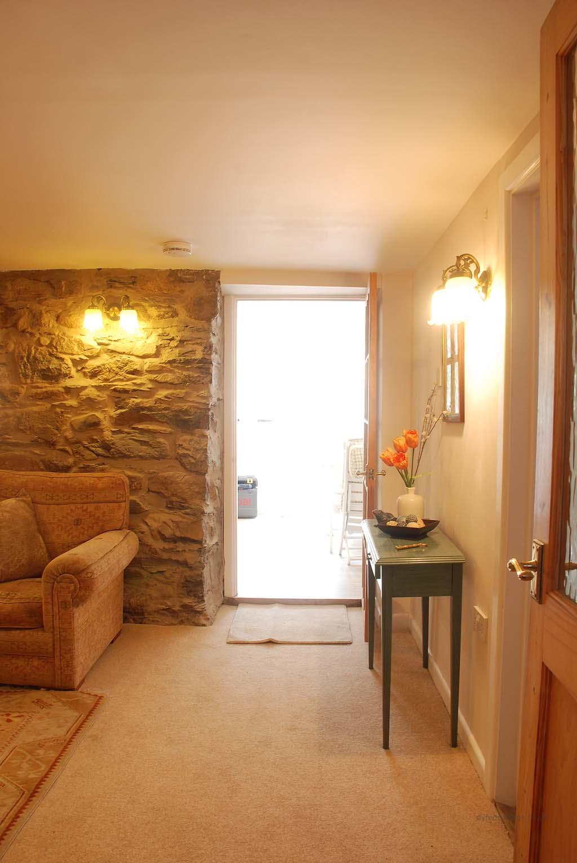 Dyfed Cottage_142223